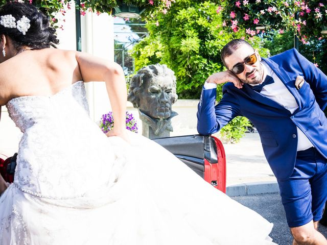 Le mariage de Alex et Asma à Roquebrune-sur Argens, Var 10