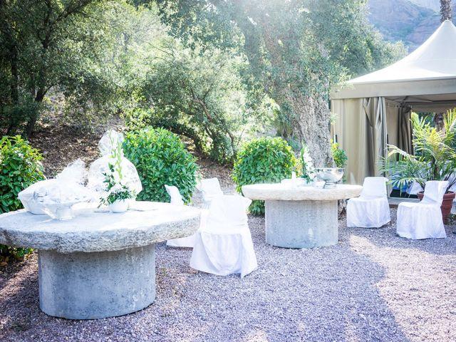 Le mariage de Alex et Asma à Roquebrune-sur Argens, Var 11