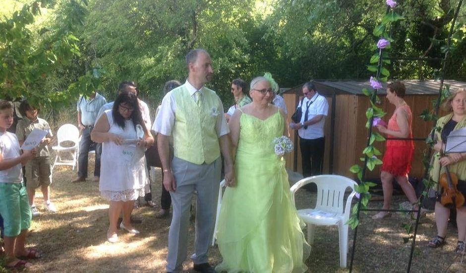 Le mariage de Daniel et Marie à Saint-Maime, Alpes-de-Haute-Provence