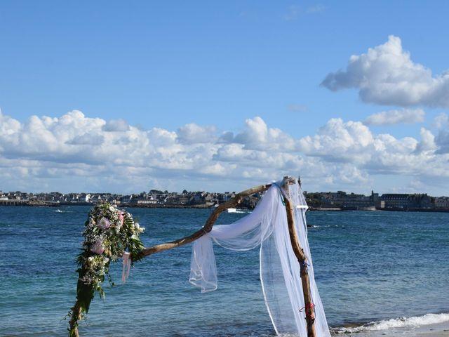 Le mariage de Arnaud et Marion à Île de Batz, Finistère 3