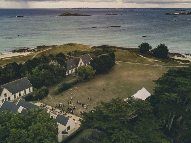 Le mariage de Arnaud et Marion à Île de Batz, Finistère 4