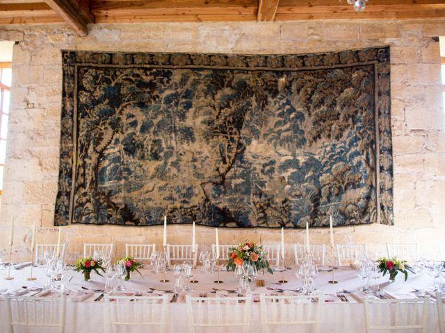 Le mariage de Fabrice et Elsa à Montignac, Dordogne 4