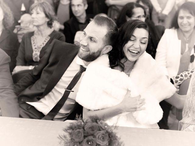 Le mariage de Florian et Najet à Orléans, Loiret 32