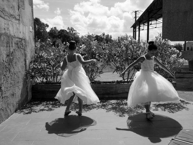 Le mariage de Steve et Amandine à Benon, Charente Maritime 1