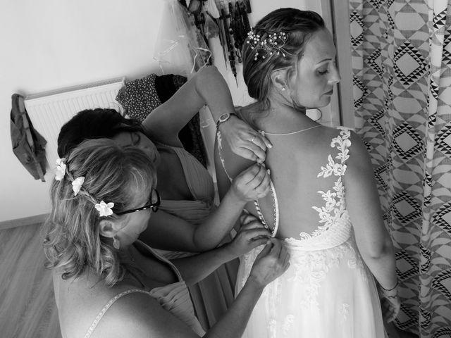 Le mariage de Steve et Amandine à Benon, Charente Maritime 5