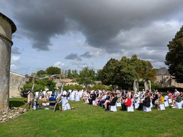Le mariage de Steve et Amandine à Benon, Charente Maritime 29