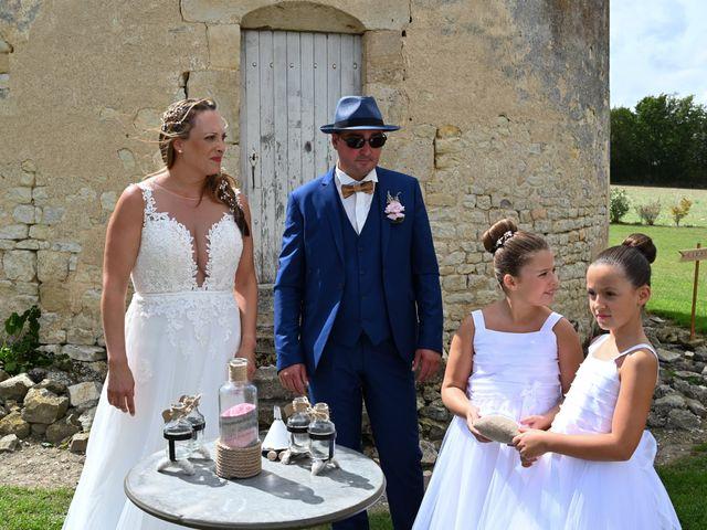 Le mariage de Steve et Amandine à Benon, Charente Maritime 33