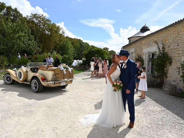 Le mariage de Steve et Amandine à Benon, Charente Maritime 35