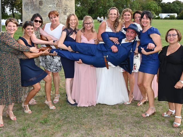 Le mariage de Steve et Amandine à Benon, Charente Maritime 45