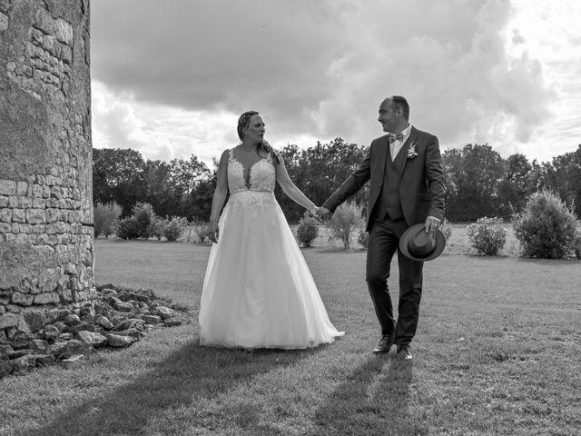 Le mariage de Steve et Amandine à Benon, Charente Maritime 48