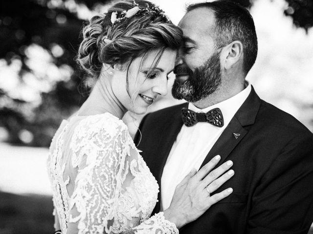 Le mariage de Nicolas et Elodie à Chalais, Charente 47