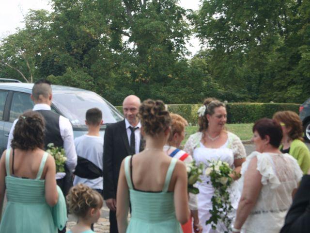 Le mariage de Gregory et Marie-Lyne à Conches-en-Ouche, Eure 4