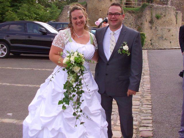 Le mariage de Gregory et Marie-Lyne à Conches-en-Ouche, Eure 6