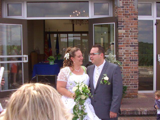 Le mariage de Gregory et Marie-Lyne à Conches-en-Ouche, Eure 11