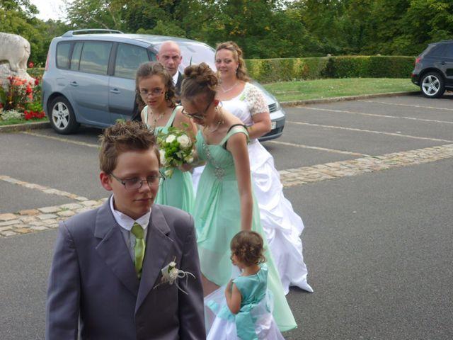 Le mariage de Gregory et Marie-Lyne à Conches-en-Ouche, Eure 19