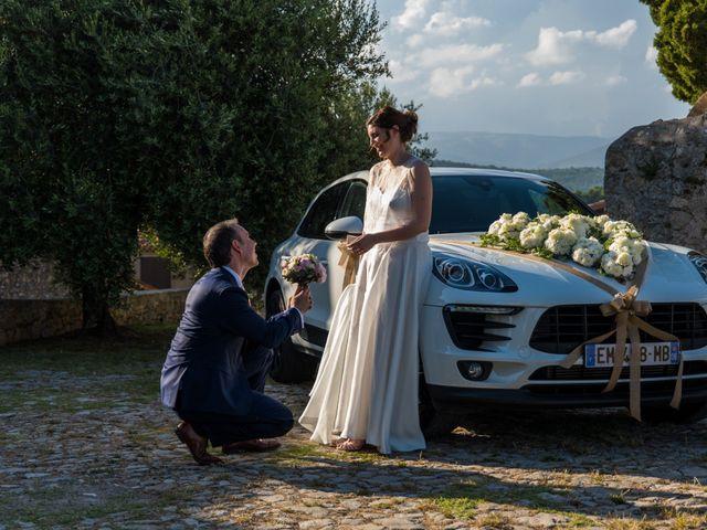 Le mariage de Julien et Morgane à Montauroux, Var 18