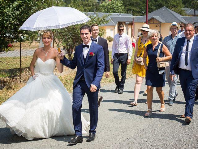 Le mariage de Julien et Morgane à Villefranche-de-Panat, Aveyron 7