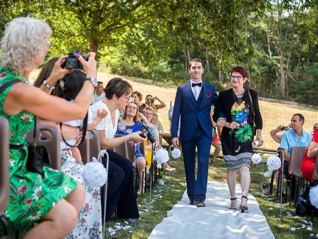 Le mariage de Julien et Morgane à Villefranche-de-Panat, Aveyron 9