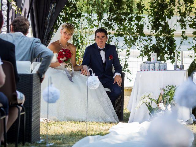 Le mariage de Julien et Morgane à Villefranche-de-Panat, Aveyron 13