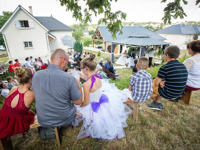 Le mariage de Julien et Morgane à Villefranche-de-Panat, Aveyron 17