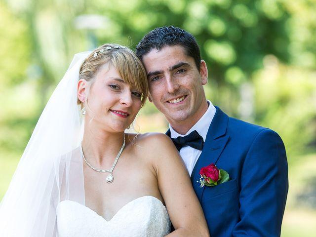 Le mariage de Julien et Morgane à Villefranche-de-Panat, Aveyron 26