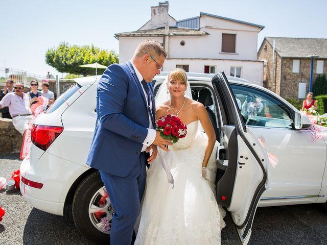 Le mariage de Julien et Morgane à Villefranche-de-Panat, Aveyron 27