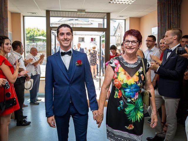 Le mariage de Julien et Morgane à Villefranche-de-Panat, Aveyron 28
