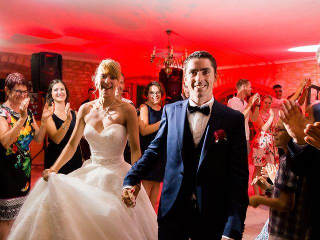 Le mariage de Julien et Morgane à Villefranche-de-Panat, Aveyron 2