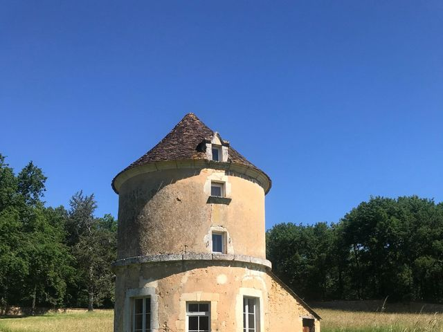 Le mariage de Anthony  et Manon  à Vergt, Dordogne 5