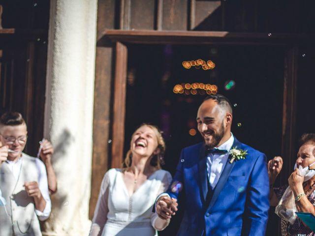 Le mariage de Anthonny et Clémence   à Saint-Martin-la-Plaine, Loire 50