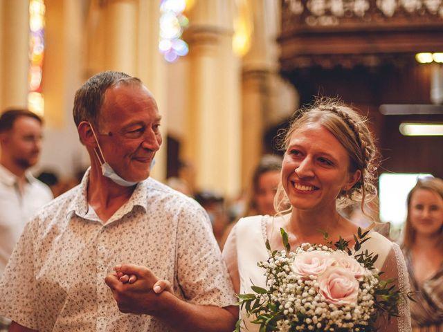 Le mariage de Anthonny et Clémence   à Saint-Martin-la-Plaine, Loire 55