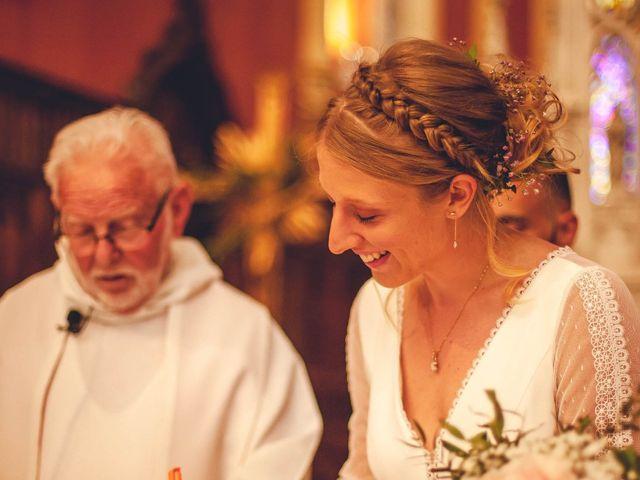 Le mariage de Anthonny et Clémence   à Saint-Martin-la-Plaine, Loire 56