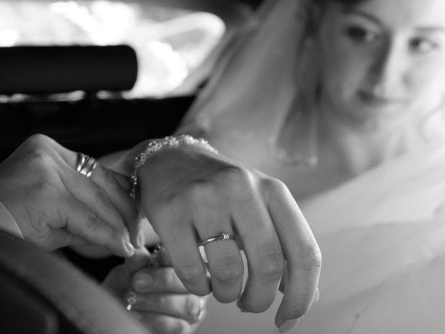 Le mariage de Rémy et Naomi à Saint-Martin-de-Mailloc, Calvados 10