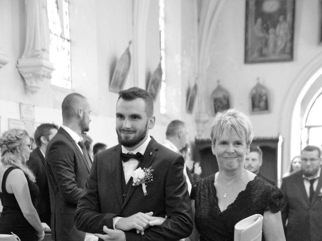 Le mariage de Rémy et Naomi à Saint-Martin-de-Mailloc, Calvados 14