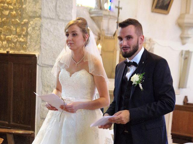 Le mariage de Rémy et Naomi à Saint-Martin-de-Mailloc, Calvados 20