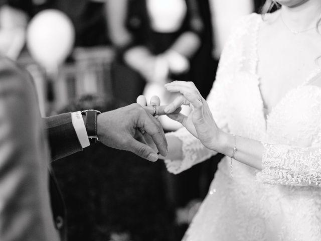 Le mariage de Micka et Alice à Vaugrigneuse, Essonne 36