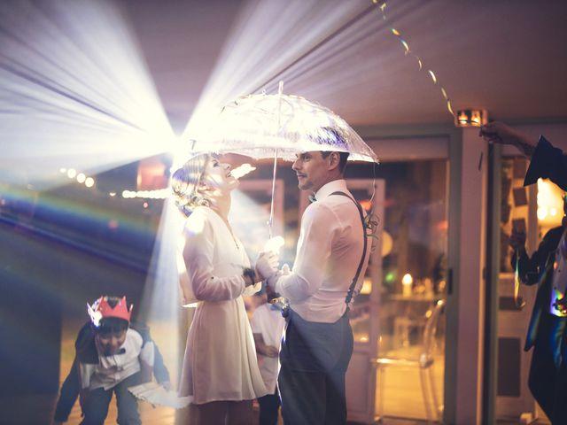 Le mariage de Micka et Alice à Vaugrigneuse, Essonne 1