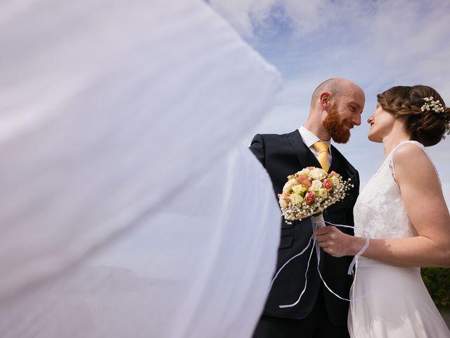 Le mariage de Baptiste et Laetitia à Camoël, Morbihan 8