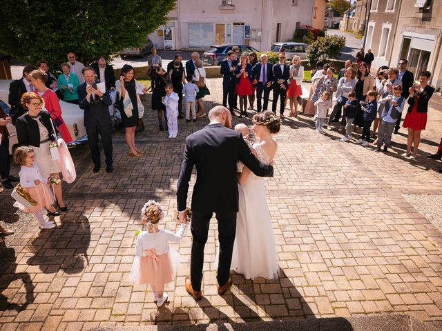 Le mariage de Baptiste et Laetitia à Camoël, Morbihan 48