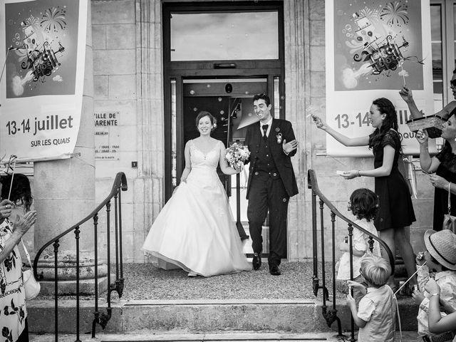 Le mariage de Stéphane et Sophie à Romegoux, Charente Maritime 16