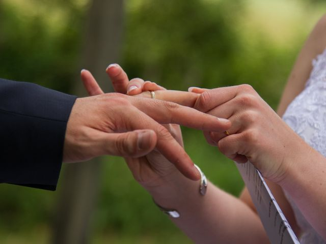 Le mariage de Stéphane et Sophie à Romegoux, Charente Maritime 28
