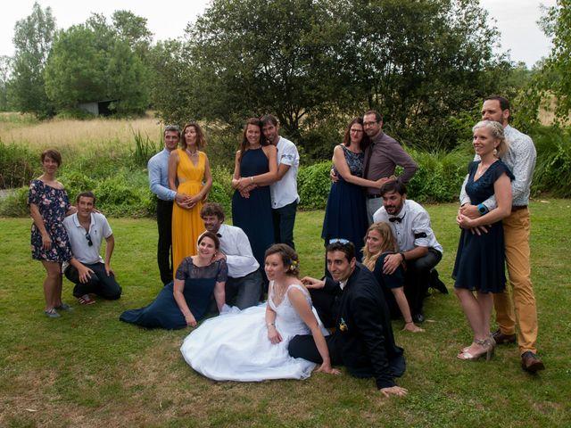 Le mariage de Stéphane et Sophie à Romegoux, Charente Maritime 33