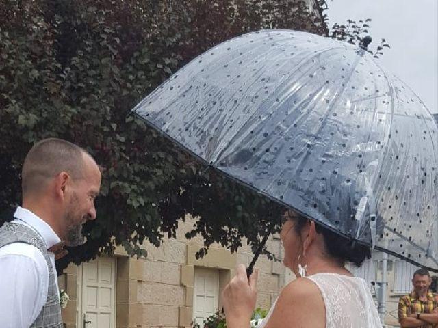 Le mariage de Christelle  et Sébastien  à Ussac, Corrèze 3
