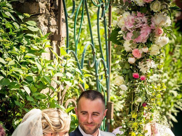 Le mariage de Thomas et Tatiana à Lavaur, Tarn 24