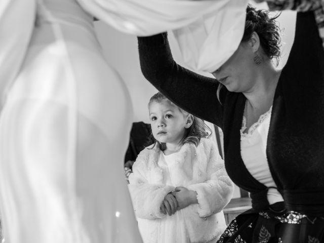 Le mariage de Denis et Aurélie à Thizy, Rhône 4
