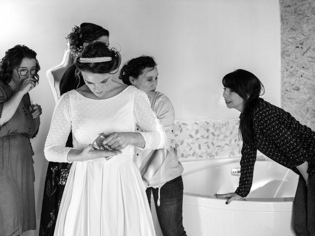 Le mariage de Denis et Aurélie à Thizy, Rhône 7