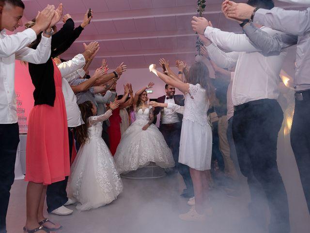 Le mariage de Maxime et Vanessa à Marseillan, Hérault 111