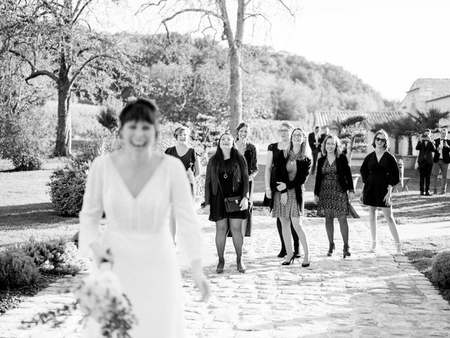 Le mariage de Sébastien et Marie-Sophie à Moulon, Gironde 37