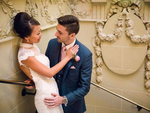 Le mariage de Alex et Cindy à Paris, Paris 19