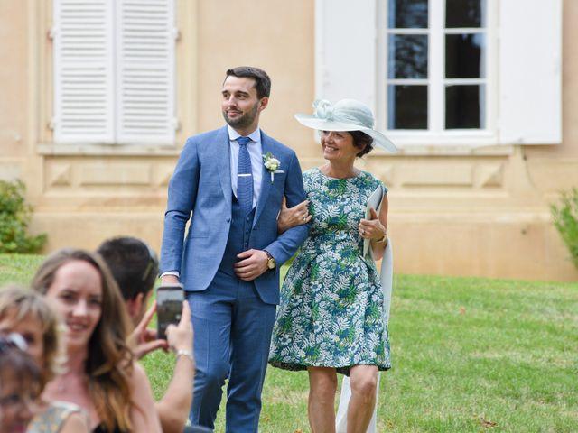 Le mariage de Bastien et Gaelle à Saint-Lager, Rhône 13
